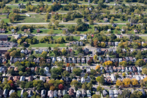 Alter Road marks the line between Detroit and Grosse Pointe